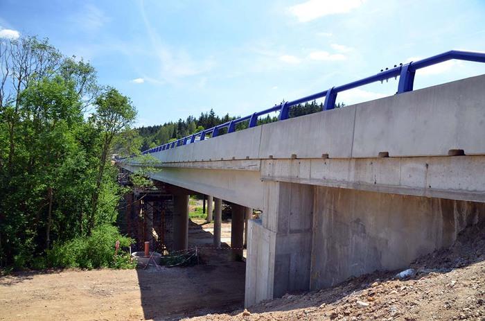 Stavba mostu